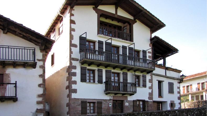 Atsotenea House